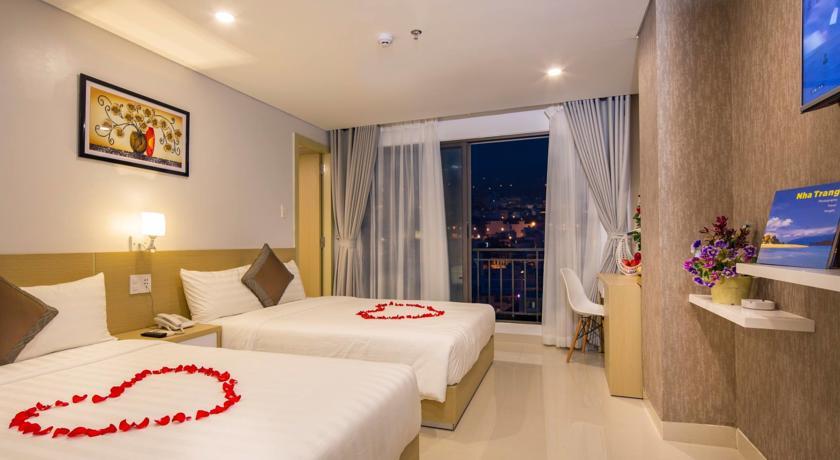 Love Hotel 3